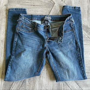 3 for $22 Jade Jeans Size 9/10 Dark denim Skinny